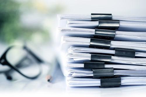 Wszelkie dokumenty niezbędne przy zawieraniu transakcji